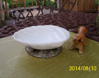 Vintage White Milk Glass Bathroom/Kitchen Decorative Soap Dish with Ornate Silverplate Pedestal-Sea Shell Shaped