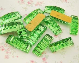 Vintage Glass Peridot Green Art Deco Ribbed Bar Cabochons Jewels 18x6mm (4)