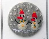 Handmade Felt Pin-back Badge/Brooch with Felt Picture of 2 snowmen