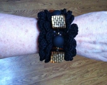 Crocheted Victorian Cuff Bracelet with beads