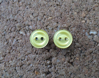 2 Gauge  Yellow button plugs