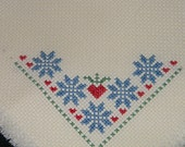 Mini Bread Cloth with Snowflakes and Hearts - Bread Cover - Cross Stitch