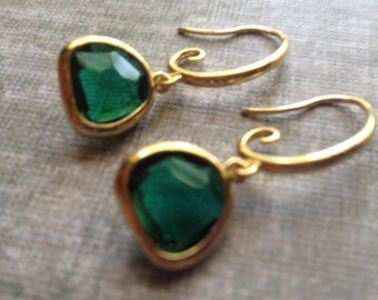 Fancy Emerald Green Gold Drop Earrings