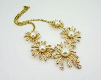 Five golden flowers fashion wedding banquet pearl diamond  necklace