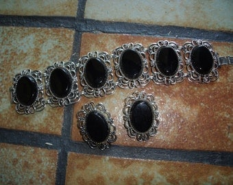 Vintage 1960s EMMONS Silver Tone Filigree And Black Stones Bracelet And Clip On Earrings Set