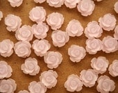 CLOSEOUT - 30 pc. Frosted Pale Lavender Rose Cabochon 10mm | RES-382