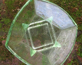 Vintage Green Glass Dish/ Trinket Dish/ Collectables/ Home Decorating/ Kitchen/ Gift Idea/Housewares/Decorative Vintage/Dressing Table Bowl