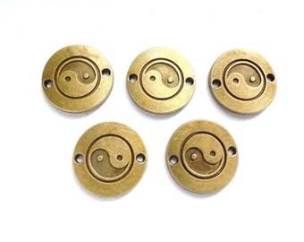 5 Antiqued Bronze Yin Yang Connectors - 4-YY-2