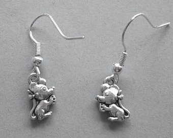 Silvertone Cute Mice Earrings