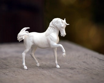 Ophir UNPAINTED Resin Arabian Horse Sculpture Figurine Gift for Horse Lover