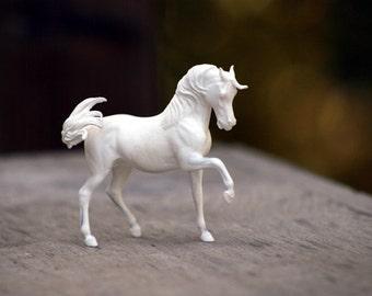 Ophir UNPAINTED Resin Arabian Horse Sculpture Figurine Gift for Horse Lover