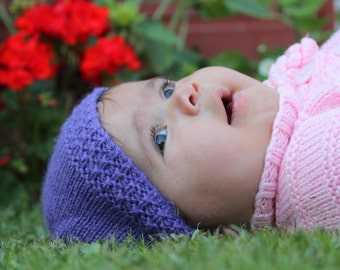 Hand Knitted Baby Hat. Knit baby hat. Knitted baby hat. Newborn baby hat. Knitted hats for girls. Knitted hats for boys