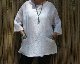 White Linen top, Japanese style, Linen clothing, Handmade, Tunic, Linen & cotton, Loose summer top, Maternity, Oversized top, Pockets.