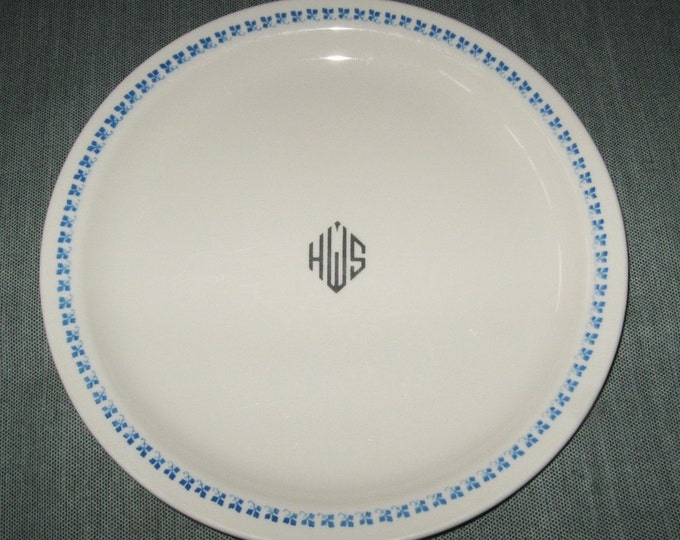 "9-7/8"" Dinner Plate, Homer Laughlin Best China, HWS Logo, Blue Clover Border, ca. 1950s"