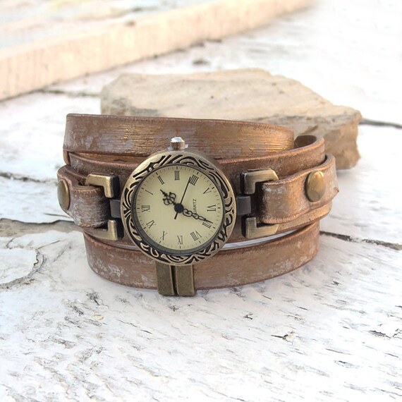 womens leather rustic wrist by jullyetcreations