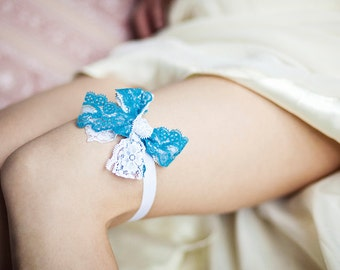 Something blue, Blue Lace Garter, Toss Garter, Wedding Garter, Bridal garter, blue & white garter,