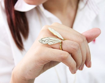 White Dragonfly Wings Ring / Fashion Adjustable Woman Accessories