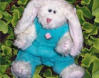 Ivy Rabbit - Retired TY Attic Treasures - 1993 - Mint Condition