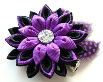 Kanzashi fabric flower hair clip with feathers. Black and purple hair clip. Hair clip with feathers