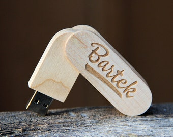Personalized 4 GB Wood Folding USB Flash Drive