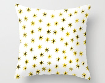 Daisy Flower Pillow Cover - Throw Pillow Cover - Cover Only - Yellow - Sofa Pillow - decorative Pillow - Made to Order