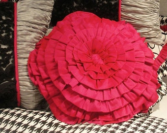 "16"" Pink Rose Pillow-FREE SHIPPING"