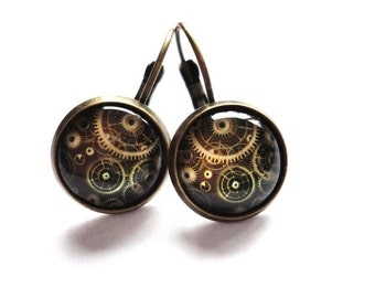 Earring clockwork