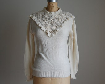 1970s ruffled collar sweater | ivory white sweater