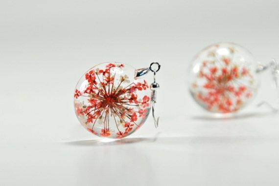 Fiore secco resina orecchini orecchini fiore rosso e bianco for Resina fai da te