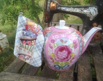 Pot holder for teapot.