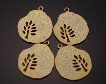 3049014 / Tree Cut / 16k Matt Gold Plated Brass Pendant 14.5mm x 17.3mm / 0.9g / 4pcs