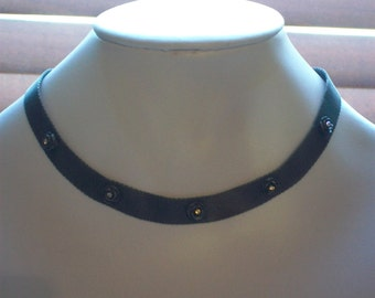 Beautiful 1980s pewter metal choker with roses' detail set off with rainbow diamante sepals (centres)
