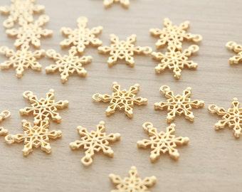 10 pcs of Gold Plated Snowflake Zinc Alloy Pendants - 20 x 14 mm