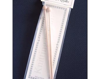 Wooden Knitting Needles - 1 Pair (hft4404)