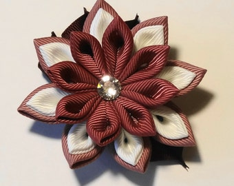 Brooch in the technique of kanzashi flower