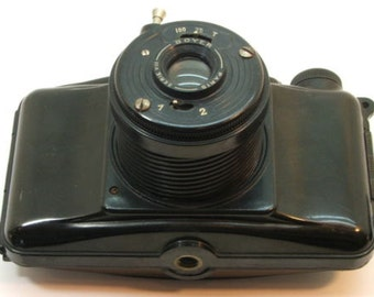 Vintage 6x9 PHOTAX 620MM film medium format bakelite film camera with Boyer lens. Paris. 1947