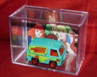 Scooby Doo and The Gang Mystery Machine Collectible Display/Cool Unique Item up for grabs!