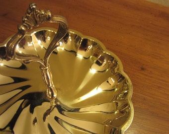 Silver plated candy/appetizer tray with handle