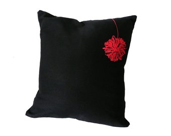 Pompom, 36x36cm / 14.17x14.17'' pillow case, black. Screen printed by hand.