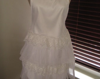 Shabby chic bridal apron with ruffles