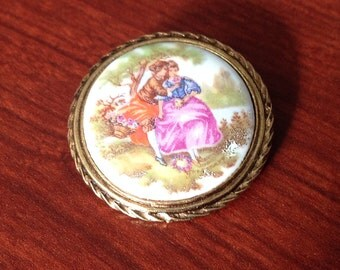 Victorian Style Brooch (ceramic)