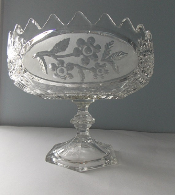 Large crystal glass pedestal centerpice bowl by