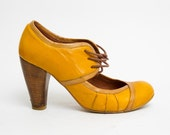 1990's Yellow Pumps - Vintage 1940's Leather Wrapped Lace Up High Rhinestone Heel Cut Out Brown Trim Shoes Size 38 EU, 7 1/2 US