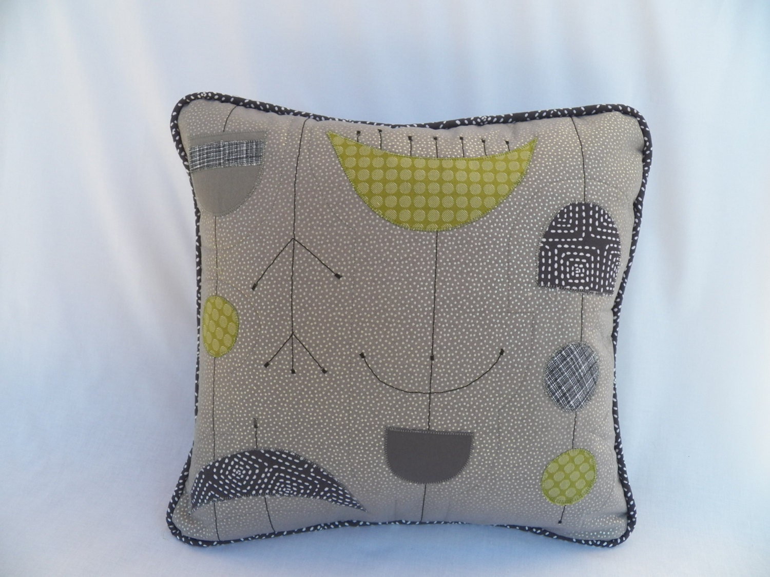 Mid Century Modern Pillow Covers : Mid-Century Modern Style Pillow Cover in gray and green