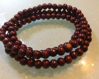 106pcs. X 6 mm  sandalwood  buddhist beads. Malla prayer beads(C1046)