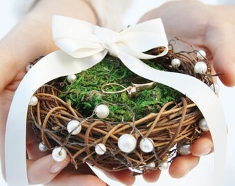 Ring bearer pillow Rustic nest ring pillow Rustic ring box Rustic wedding nest pillow Woodland ring holder Moss nest ring pillow TITANIA