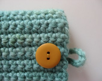 iphone 3G 3GS 4 4S cozy crocheted case