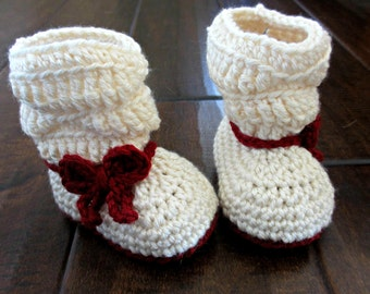 Bow Slouch Boots - Baby booties - Little girl Christmas boots - Red and white bow boots - crochet baby shoes