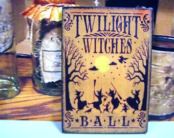 Halloween Witches Miniature Wooden Plaque