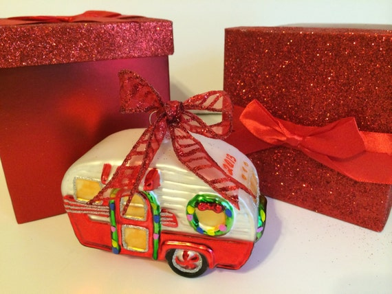 Vintage happy camper blown glass christmas ornament rv for Airstream christmas decoration